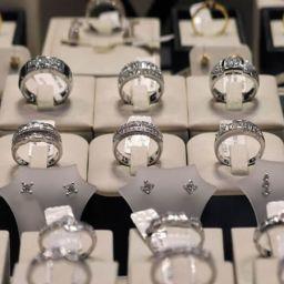 A.B.D.'li Mücevher Markası TRUVAL'de bizi tercih etti.
