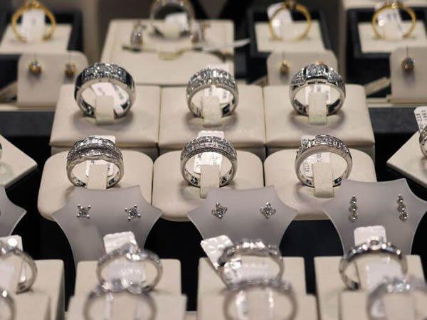 Mücevher Markası TRUVAL
