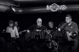Sakin Seyir, yeni albüm lansmanı için modaveluksyasam.com'u seçti.
